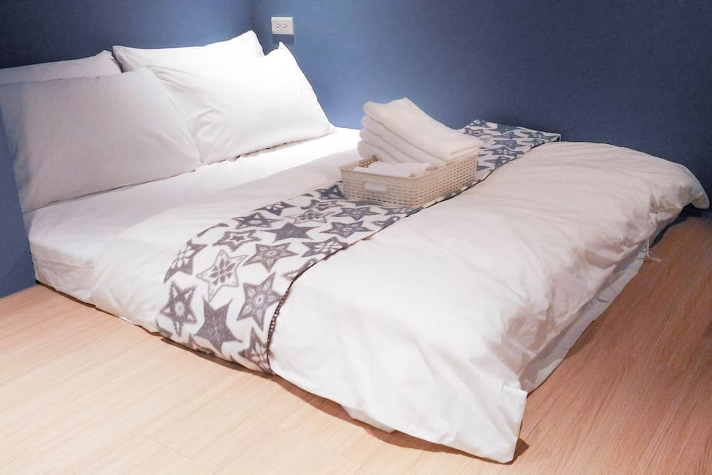 Double-bed with towels provided