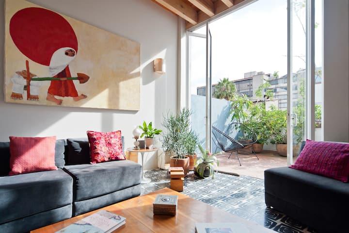 Great Green Terrace, Beautiful Family Apartment.