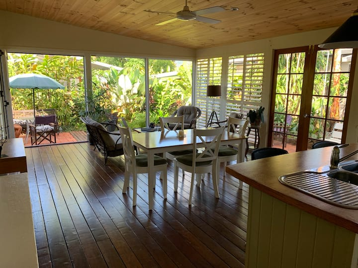 Pleasant cottage in a tropical garden.  4 persons.