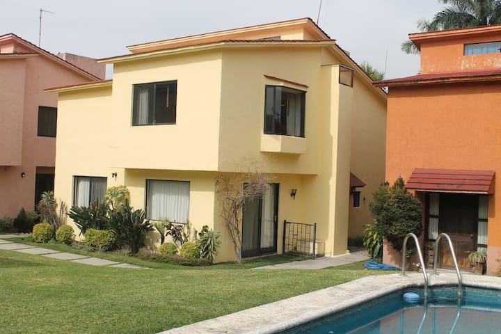 Iluminada Condo6 3Bd 3Bt Alberca - Cuernavaca - Wohnung