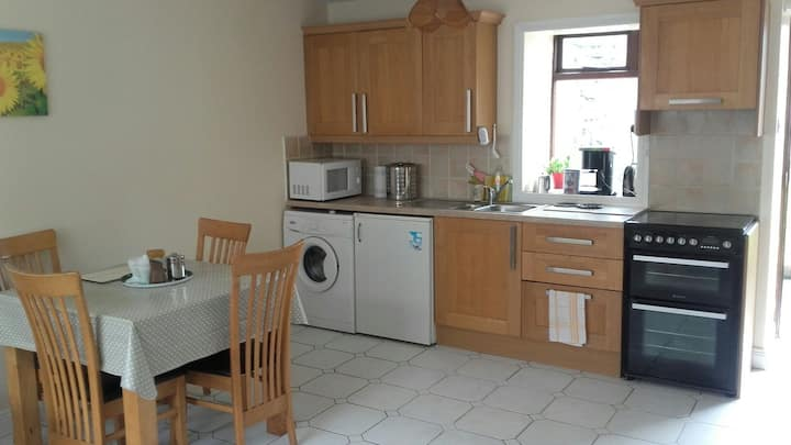 Self catering 1 bed apt in Clogheen