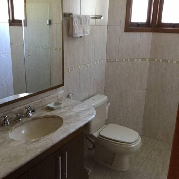 banheiro suite 1º piso