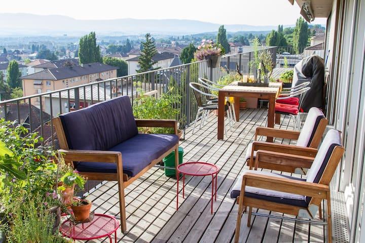 120 m2, terrasse, calme, vue pano - Lausanne - Apartment