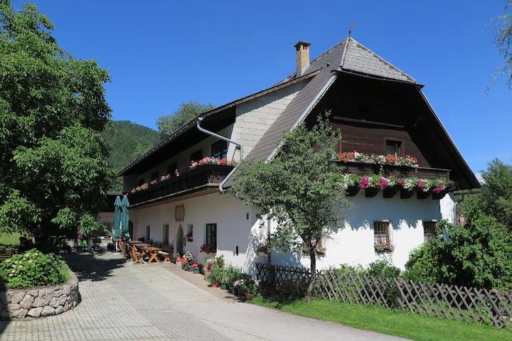 Urlaub am Bauernhof Feldbauer, Zimmer Nussbaum