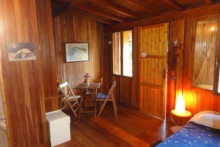 Bungalow in legno per due persone - Massa