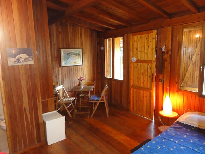Wooden bungalow  for two people