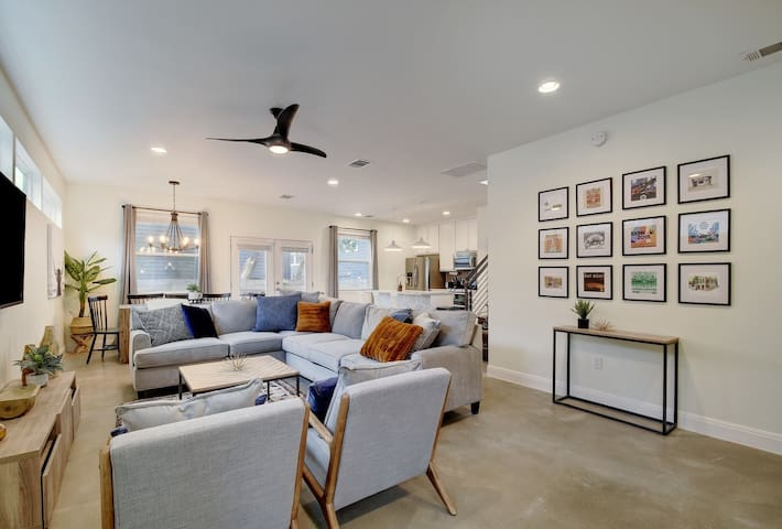 Elegant Retreat | 2 Blocks to East 6th Street