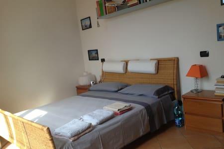 Taino room/attic next Lago Maggiore - Taino