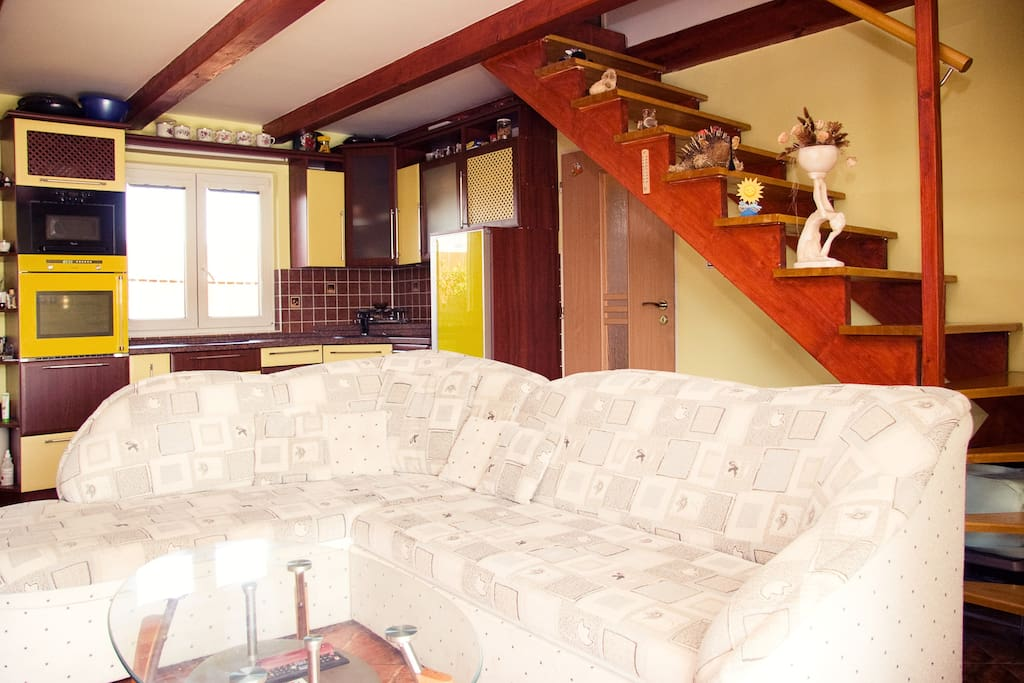 Living room is together with kutchine for maximum time with your family
