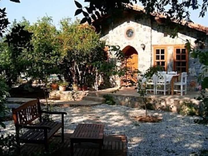 Fig Garden Cottages, Fig Cottage