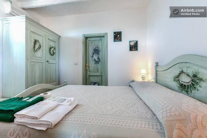 CAMERA 2 DEL B&B VILLA SPRAFUNDU - La Maddalena - Bed & Breakfast