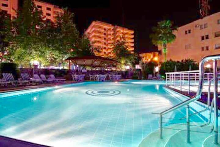 Comfortable 1+1 apartment near sea in Alanya