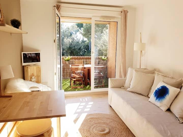 Quartier Tamaris/Mer-Joli T2 avec terrasse - Wi-Fi