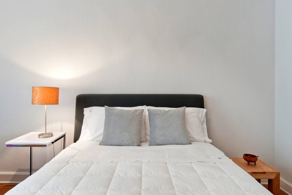 bed & sofa