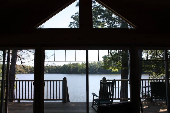 Waterfront Cottage on French Pond - Henniker - Hytte