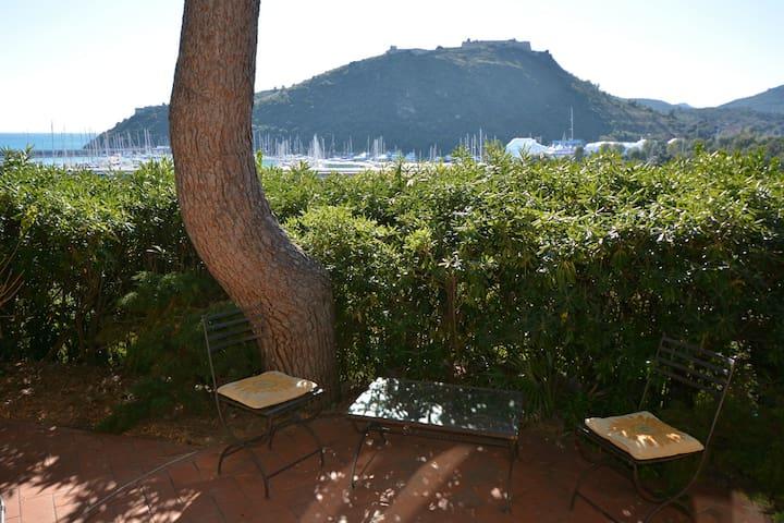 Porto Ercole Apt in Villa with view - Poggio Pertuso - Lägenhet