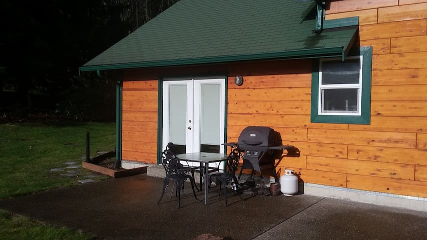 Convienent and private Keyport - Bangor location. - Poulsbo