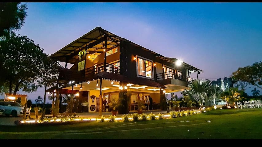 HIDEOUT- PARTY LAKEFARMS NAGPUR