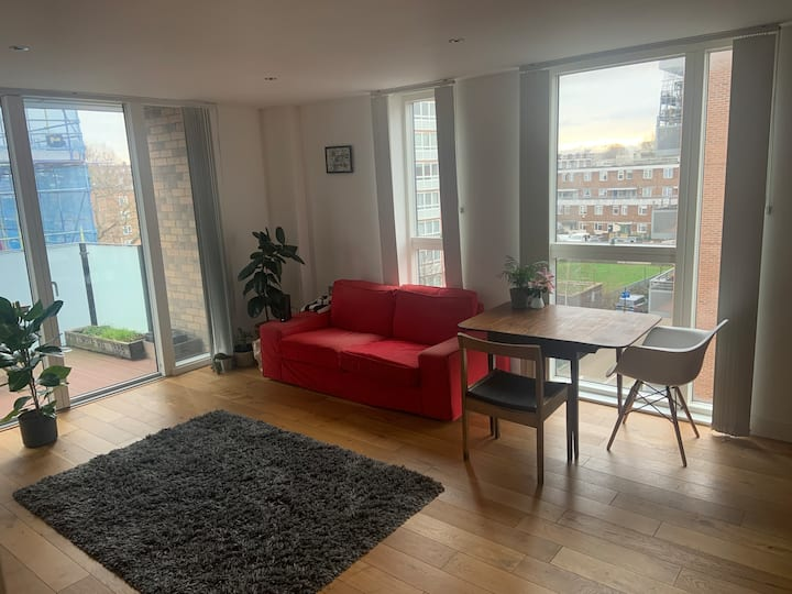 Double room in prime East London location
