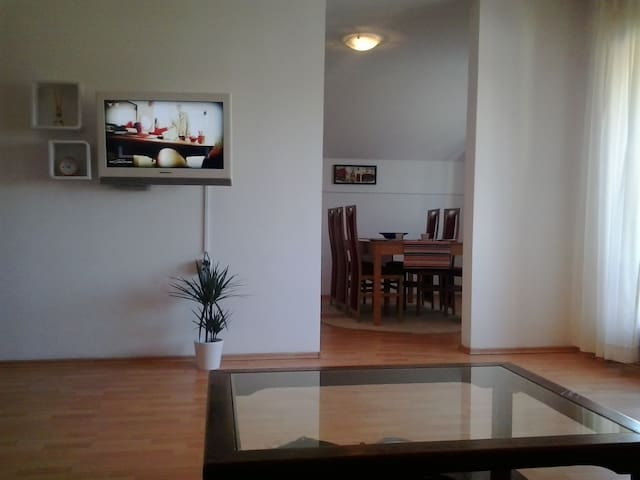 Bed&Breakfast Kuca Ivancica Zagreb - Sesvete - Apartemen