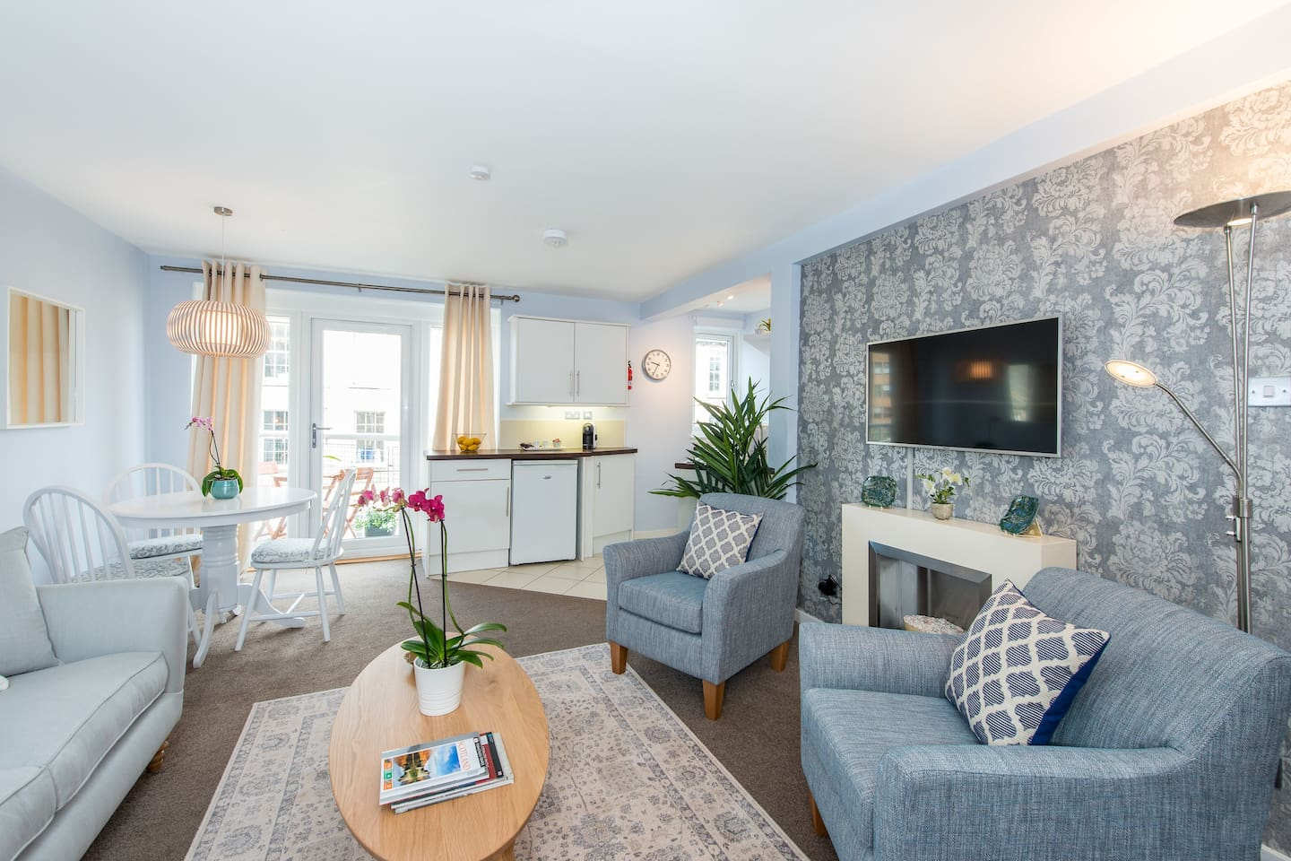 Welcome to your home away from home.  The bright living space has comfortable amenities to host up to three guests