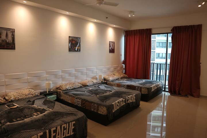M05 Vince luxurious home i-city with fabulous view