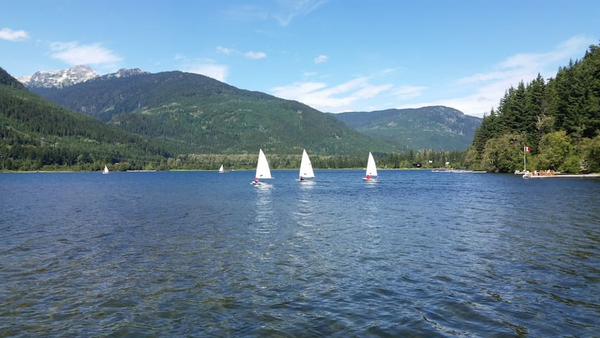 2 BR Whistler Lakefront Condo - Walk to Village