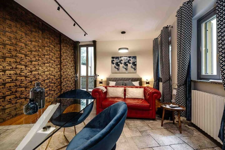 CENTER: DUOMO Luxury Design