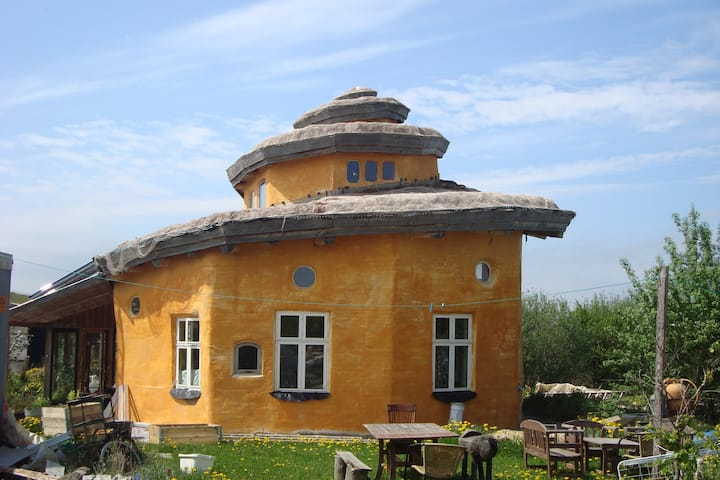 Conchhouse rooms in a ecovillage