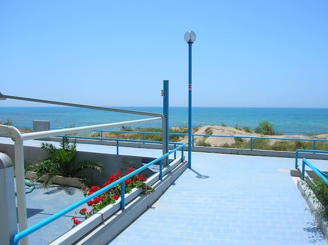 Casa sul mare-Baia Azzurra-Casuzze - Casuzze - Hus