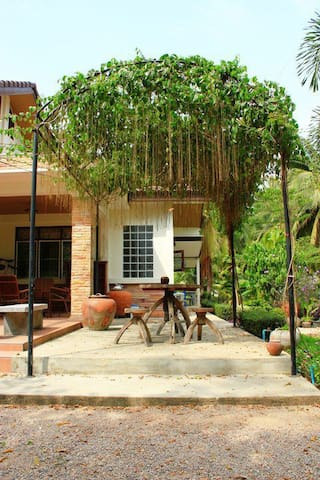 Coco Sweet House ดำเนินสะดวก อัมพวา - Don Kruai - 단독주택