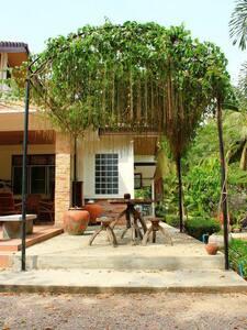 Coco Sweet House ดำเนินสะดวก อัมพวา - Don Kruai