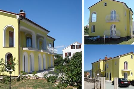 Apartments pansion Marko - Krk - Bed & Breakfast