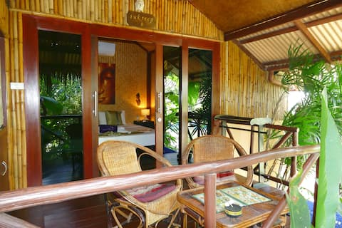 TROPICAL BUNGALOW LUXE - Pool/Jacuzzi - Beach 5min