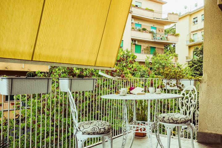 Large, sunny flat well connected with underground! - Roma - Appartamento