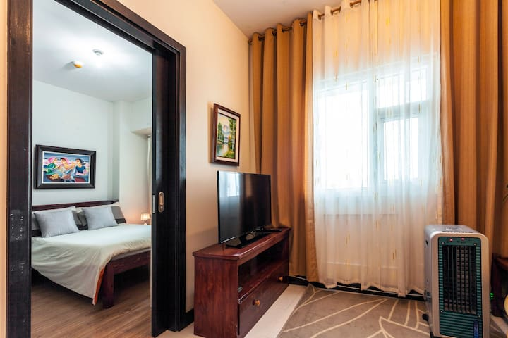 Healthy, fully furnished to utmost comfort!