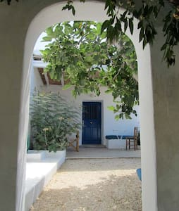 Holiday home on the beautiful Greek island Paros. - Aliki - Haus