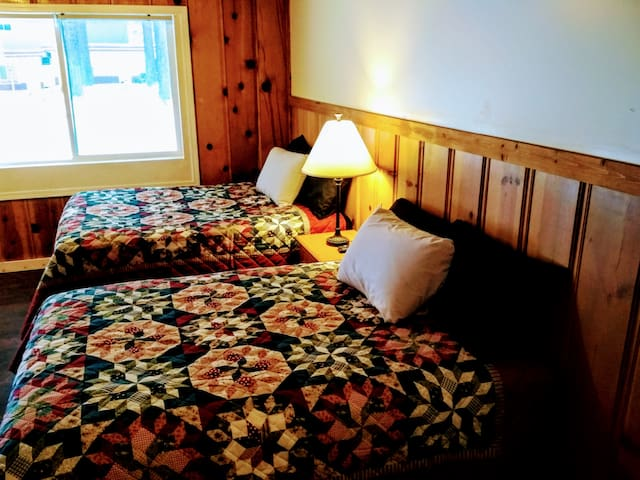 Pet-Friendly Knotty Pine Studio #5