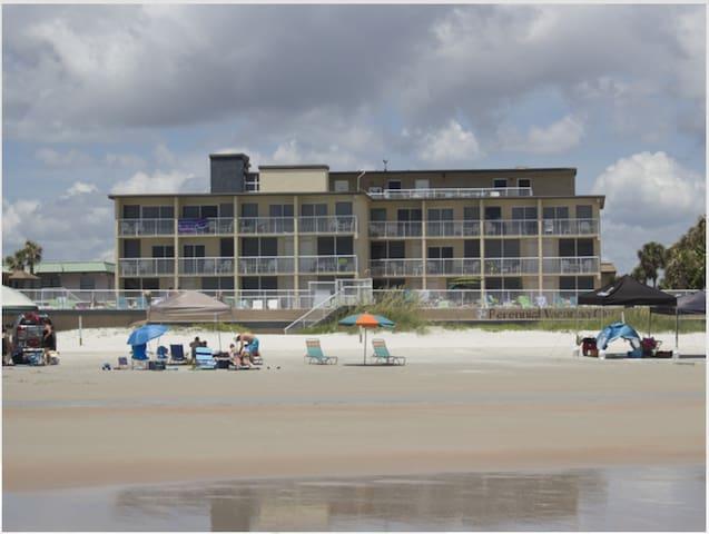 Beachfront Vacation Rental!