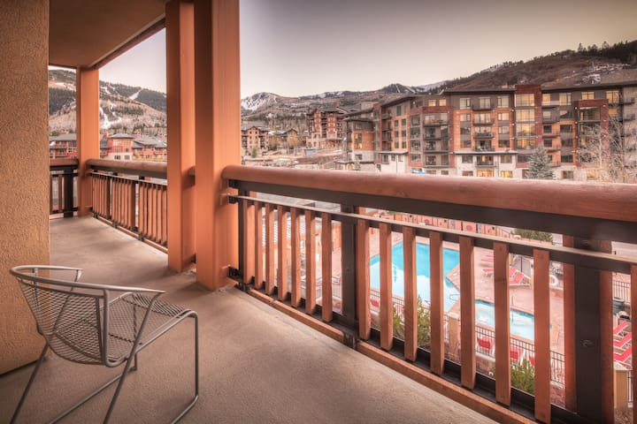 The Sundial 2BR Canyons Village Condo, Ski In/Out