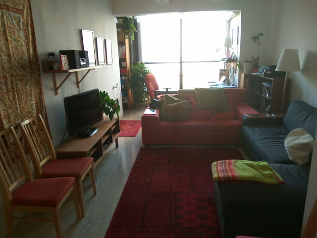 Cozy and central 2 BR apartment. - Ramat Gan - Apartemen
