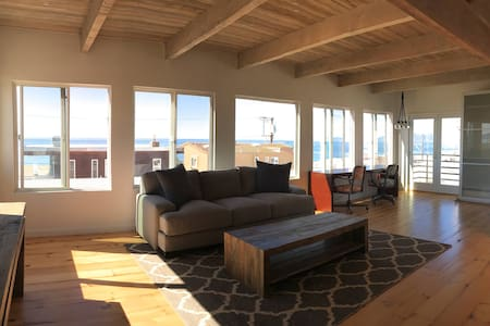 2+2 Mid-Century Modern +++Stunning Panoramic Views - Manhattan Beach