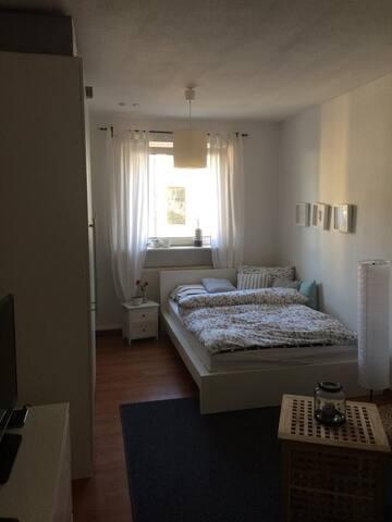 Gemütliche 40qm Wohnung in Pempelfort - Düsseldorf - Apartment