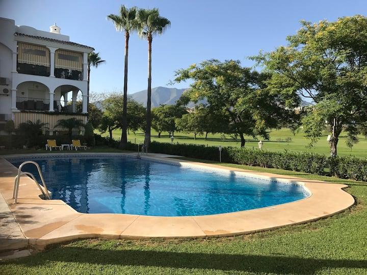 Sunny beautiful flat in Mijas Golf