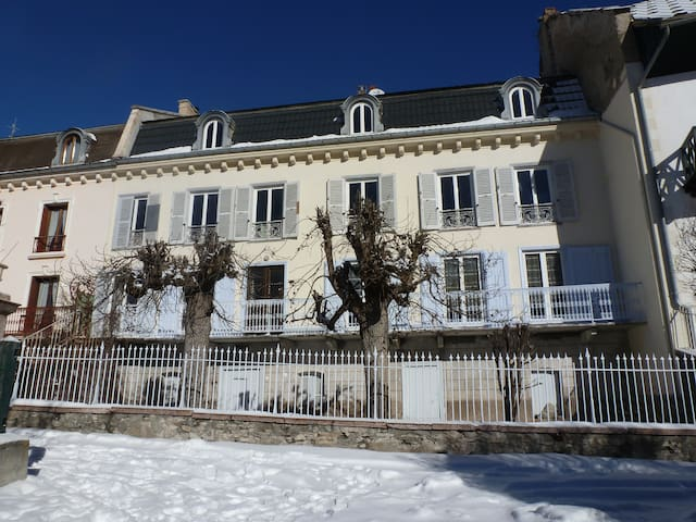 F5 en plein cœur du Queyras! - Aiguilles - Lägenhet