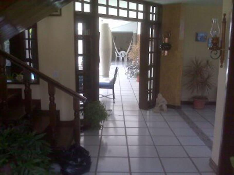 escalera al 2do piso