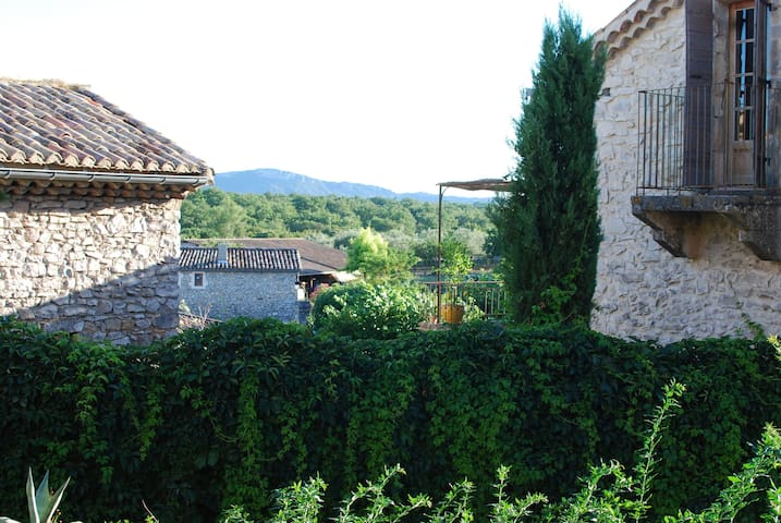 Happy apartment near Uzes & Lussan - Fons-sur-Lussan - Apartament