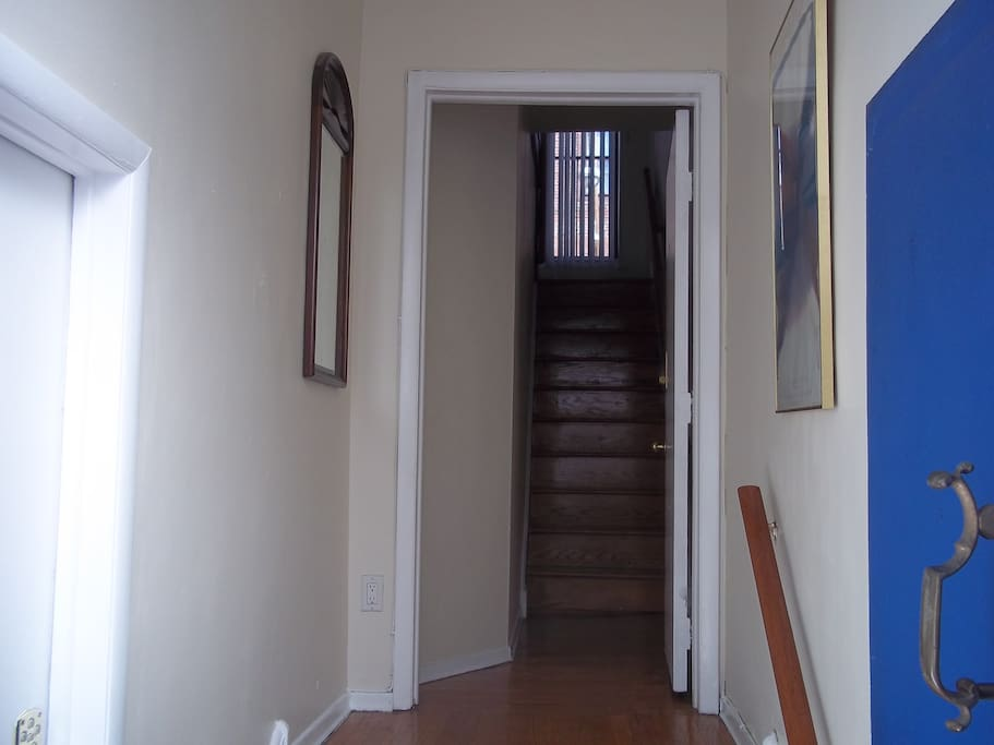 The apartment is the upper two floors of a duplex and has a reverse layout - the bedrooms are on the 2nd floor and the living / dining room is on the 3rd floor.
