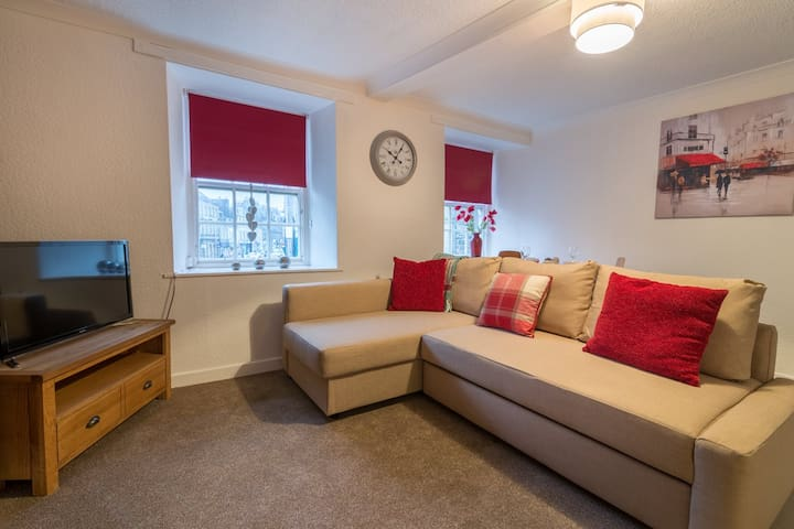Tower Apartment - Hawick - Apartment