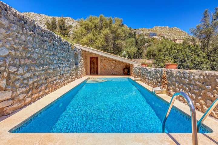 Stunning Stone House in Majorcan Style - La Font Gran